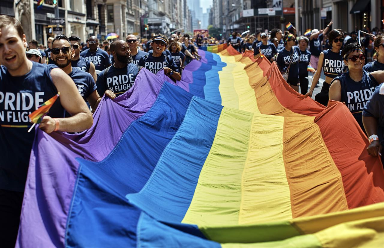 Nyc Pride Parade Is One Of Largest In Movements History Am 1590