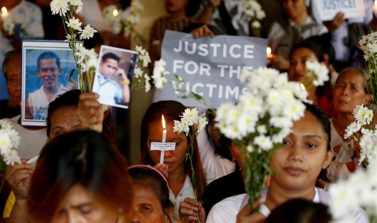 Philippine rights office condemns child's death in drug raid