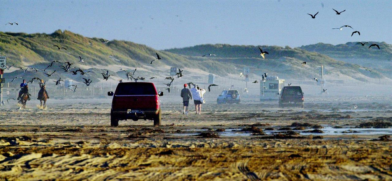 Latest: No decision on off-roading ban at California dunes