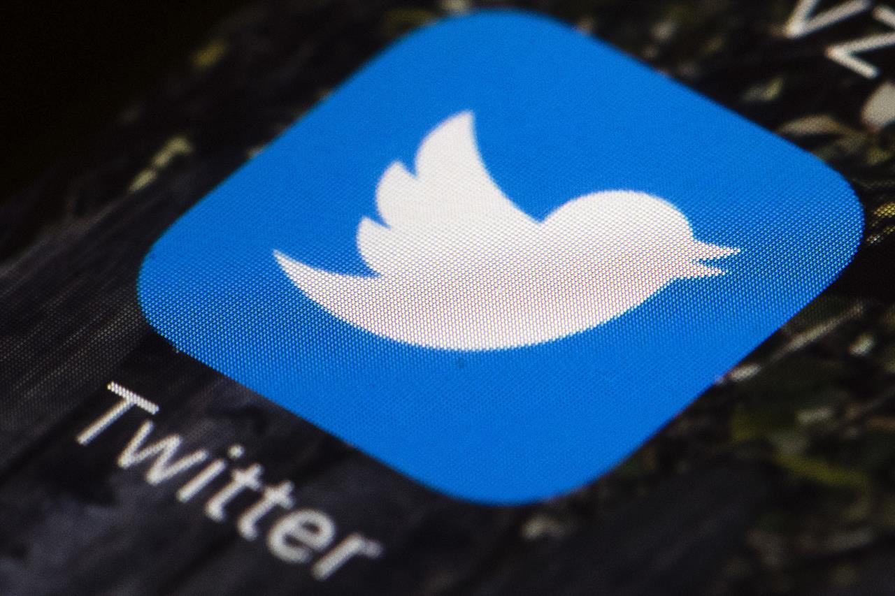 'Miss us?' Twitter hit with hour-long outage