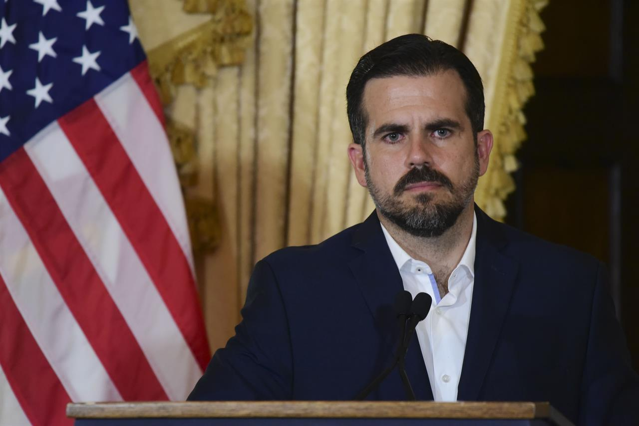 Puerto Rico gov apologizes for private chat that drew ire