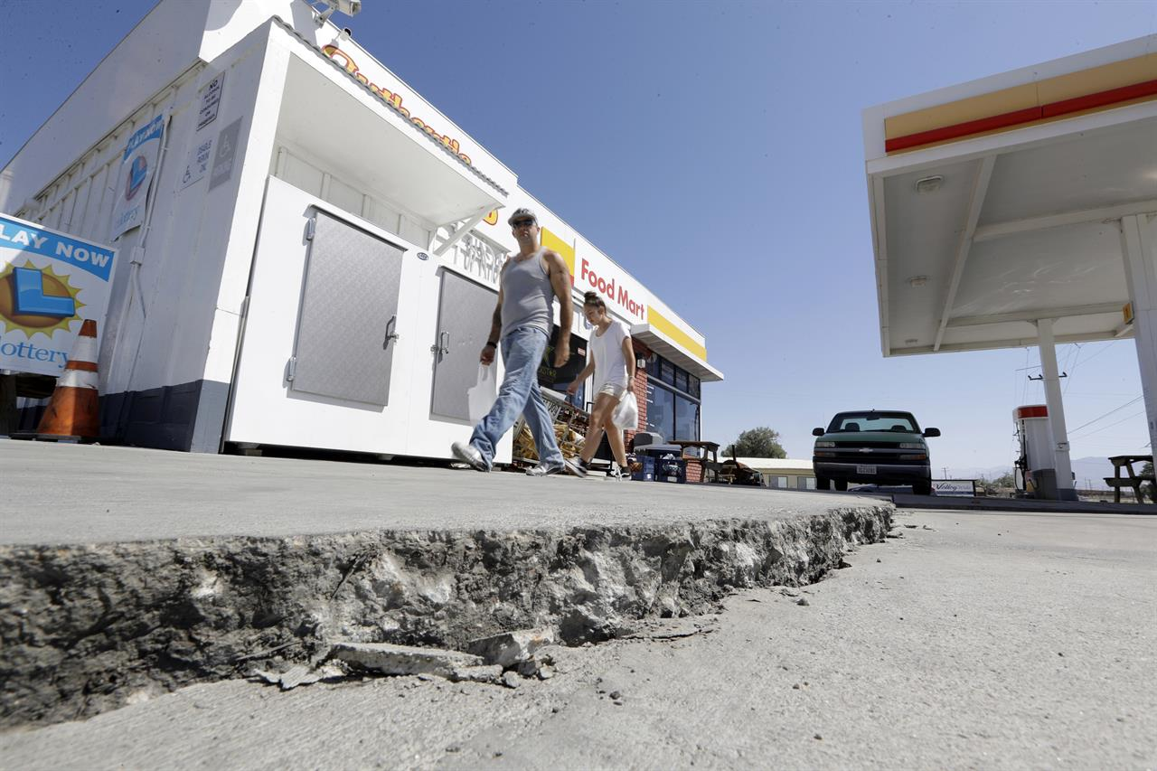 Magnitude 4.9 aftershock of California quakes felt widely