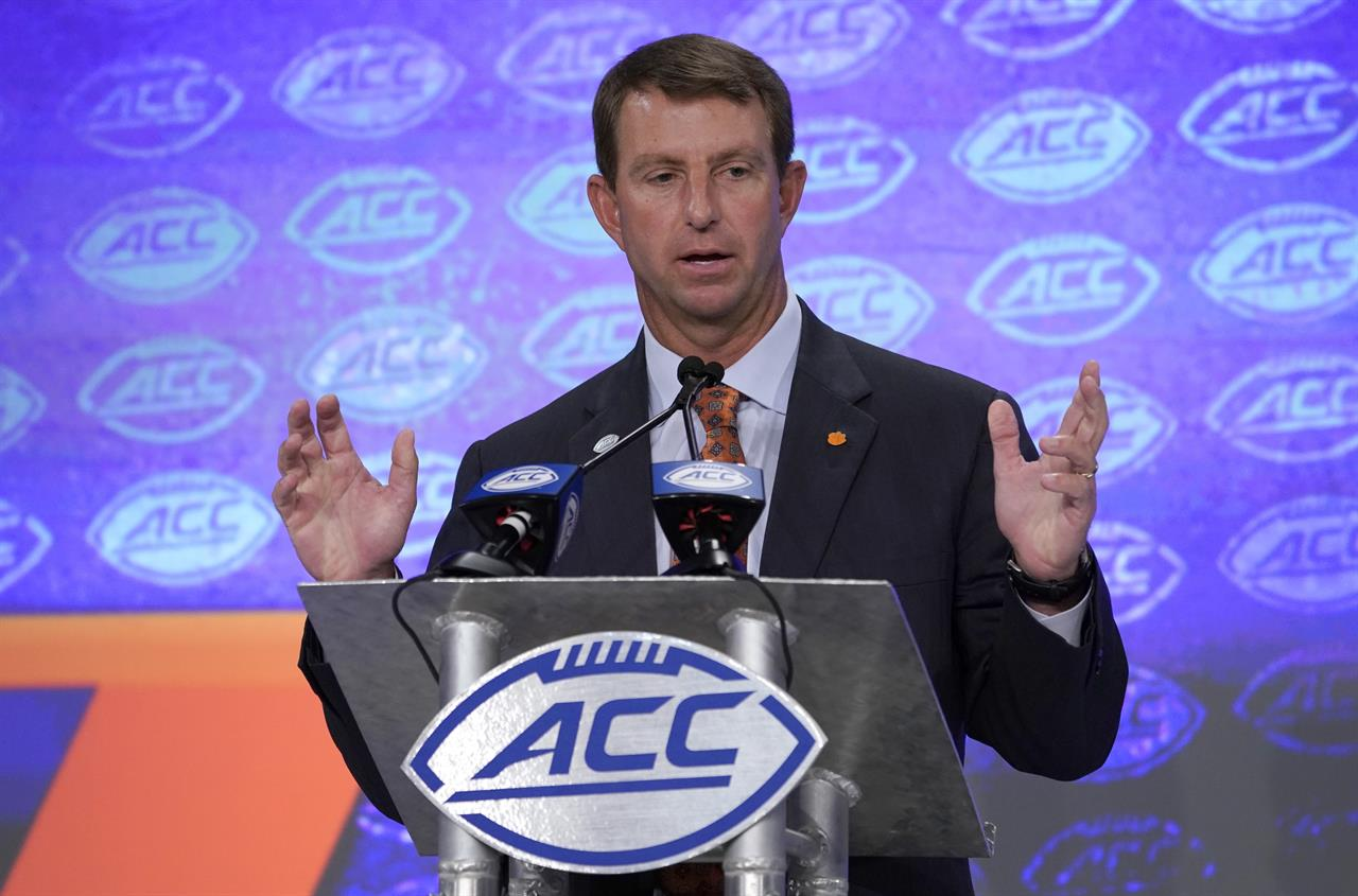 Dominant Clemson, Alabama sit atop college football throne ...