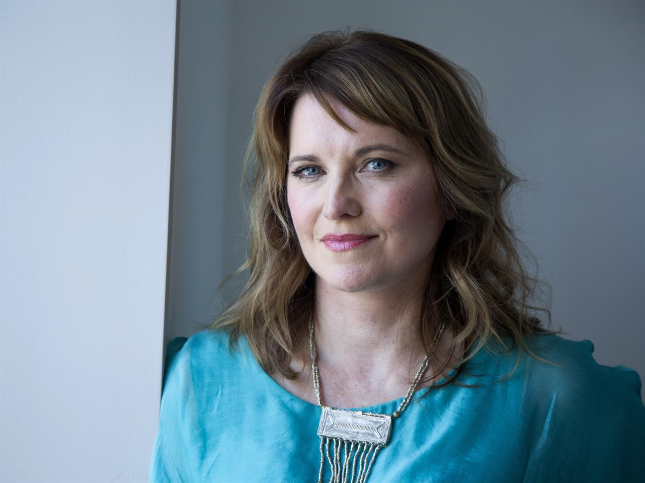 Lucy Lawless' love of true crime leads to new TV show | 98 9