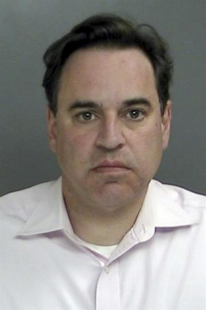 Legal briefs: Suspended judge pleads in underwear-theft case