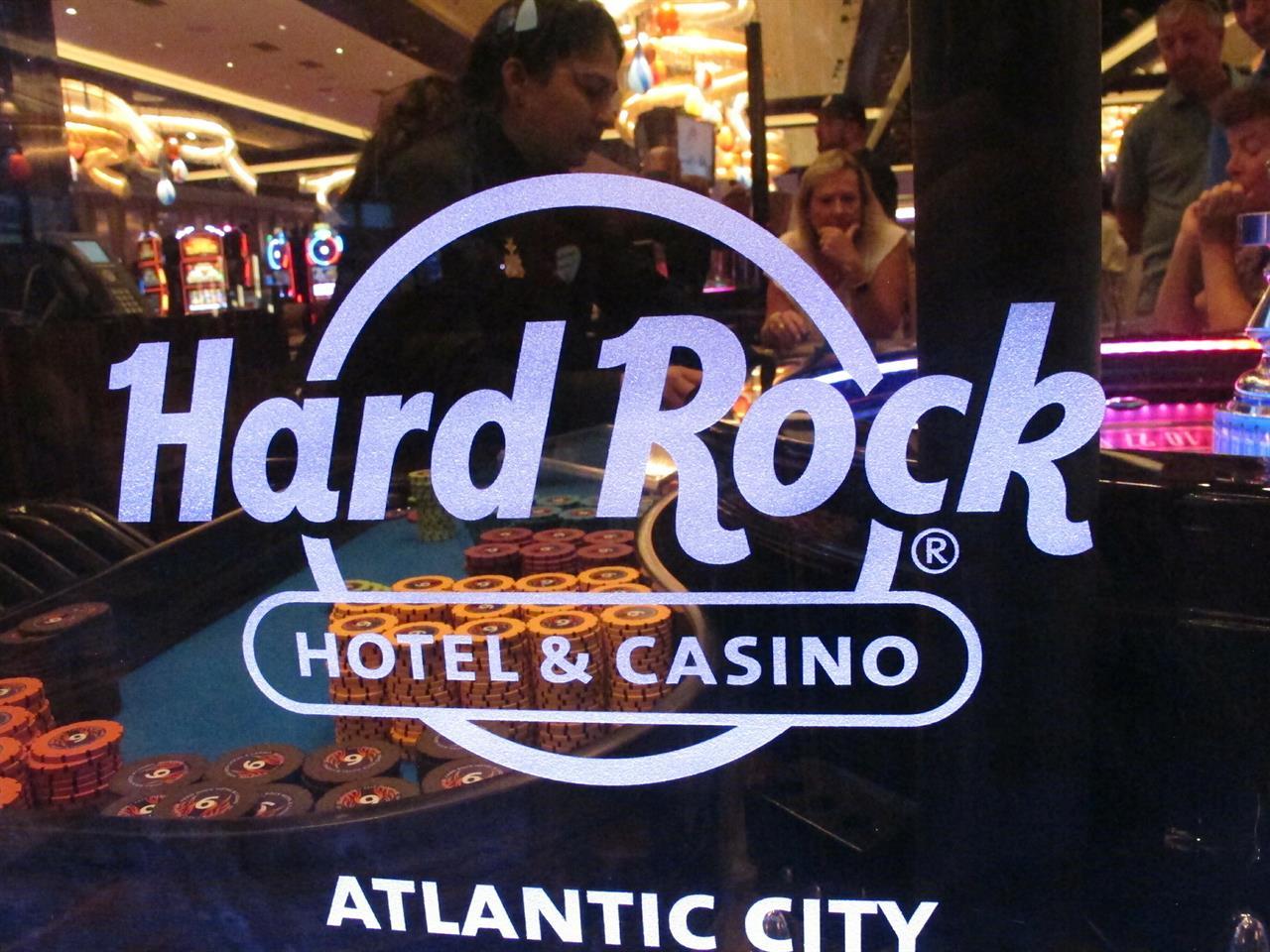 big top casino slots