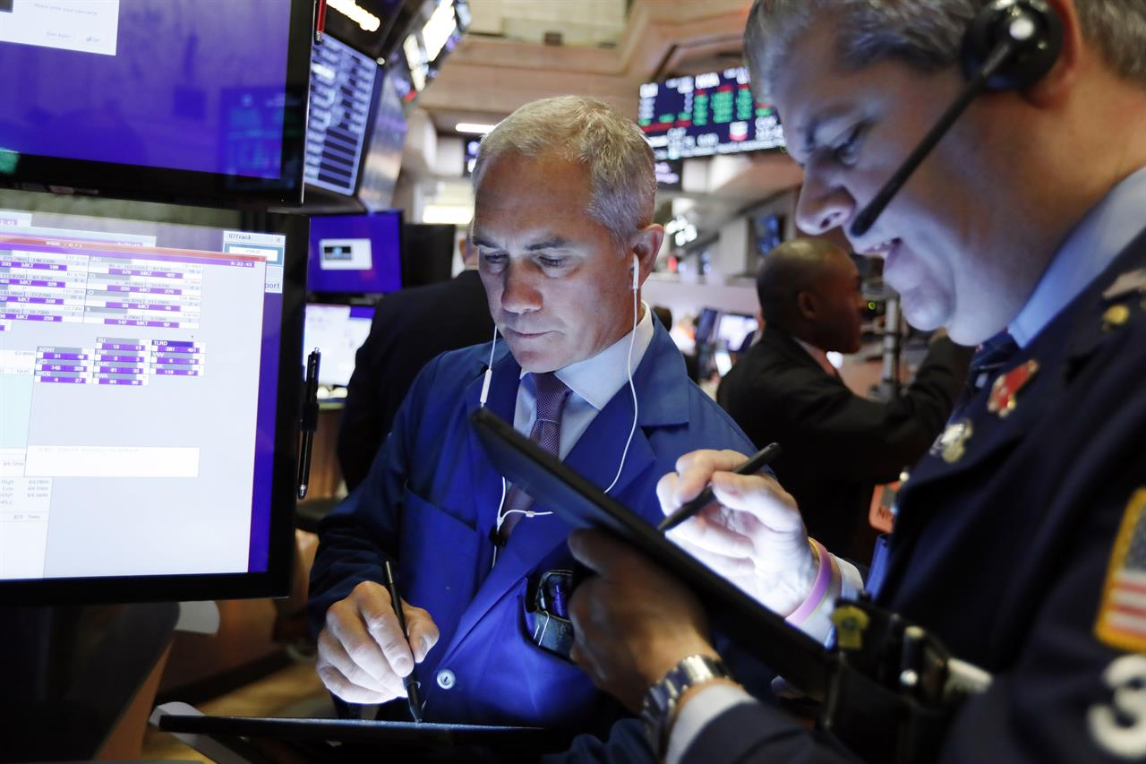 Stocks mixed ahead of Fed, oil dips on Saudi output recovery