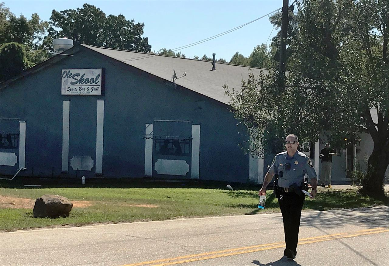 Sheriff: 2 dead, 8 wounded in South Carolina bar shooting