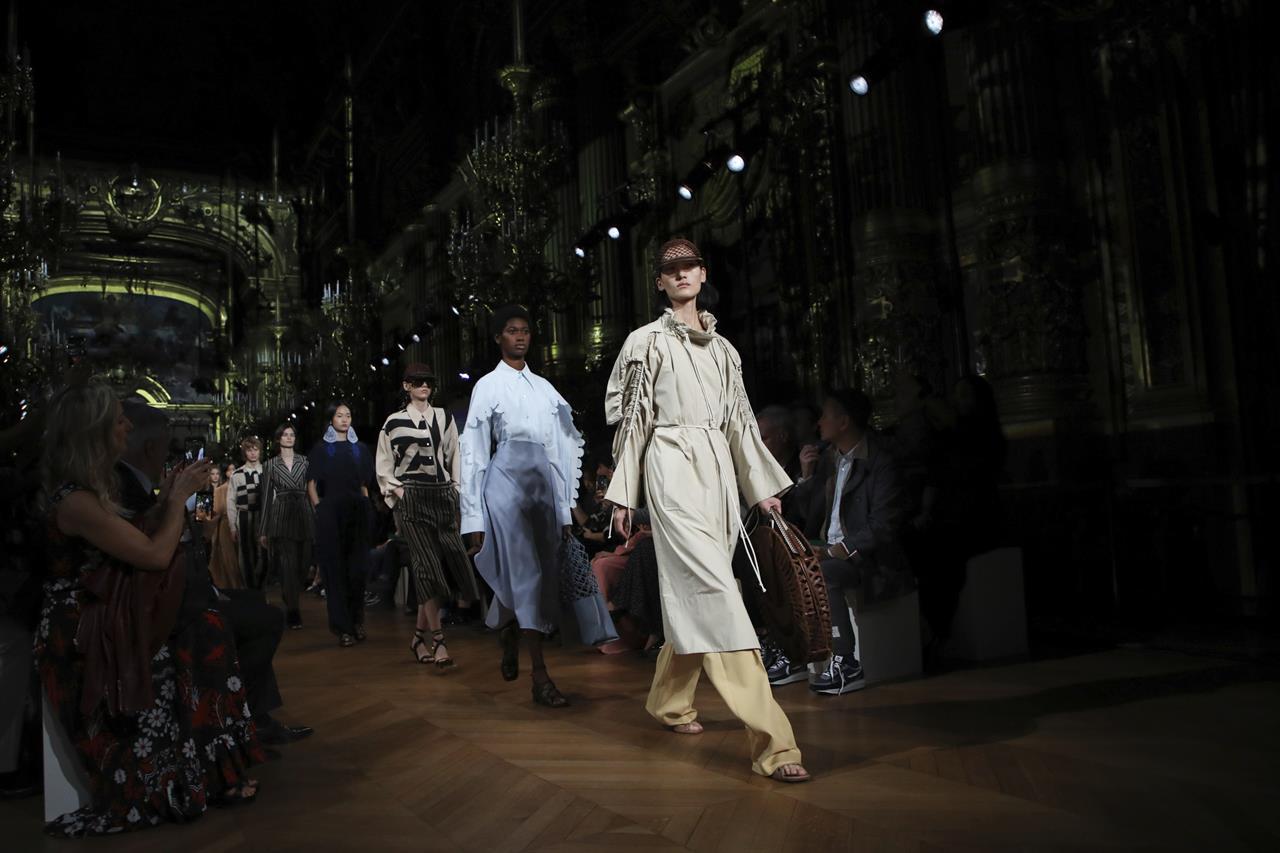 Denver Fashion Week 2020.Mccartney Presents Eco Manifesto At Paris Fashion Week Show