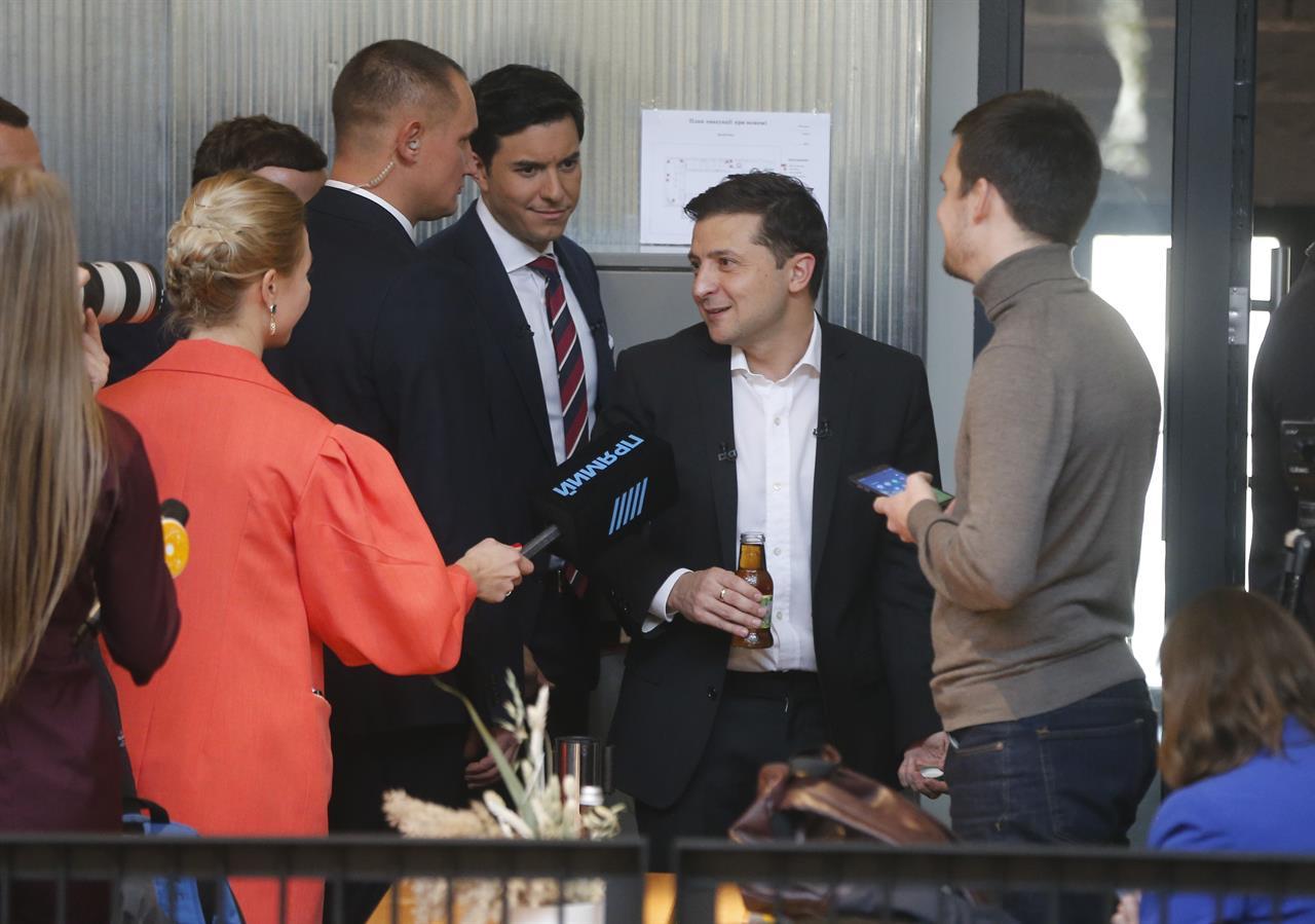 The Latest: 14 hours?! Ukraine holds longest-ever news event