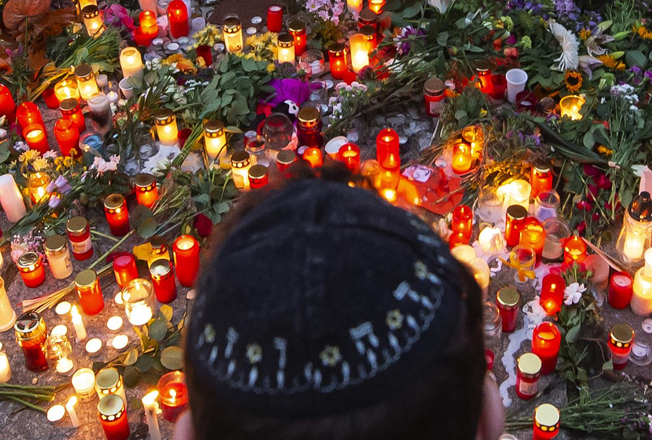 German security services want more powers to fight extremism