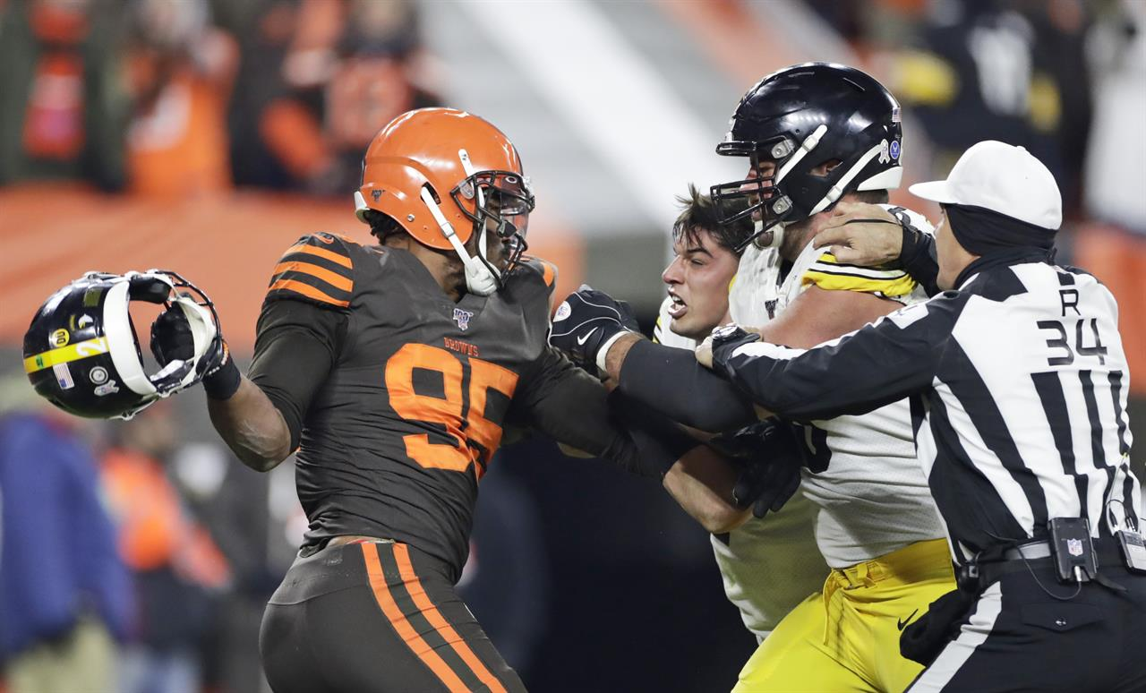Browns star Garrett facing NFL discipline after outburst