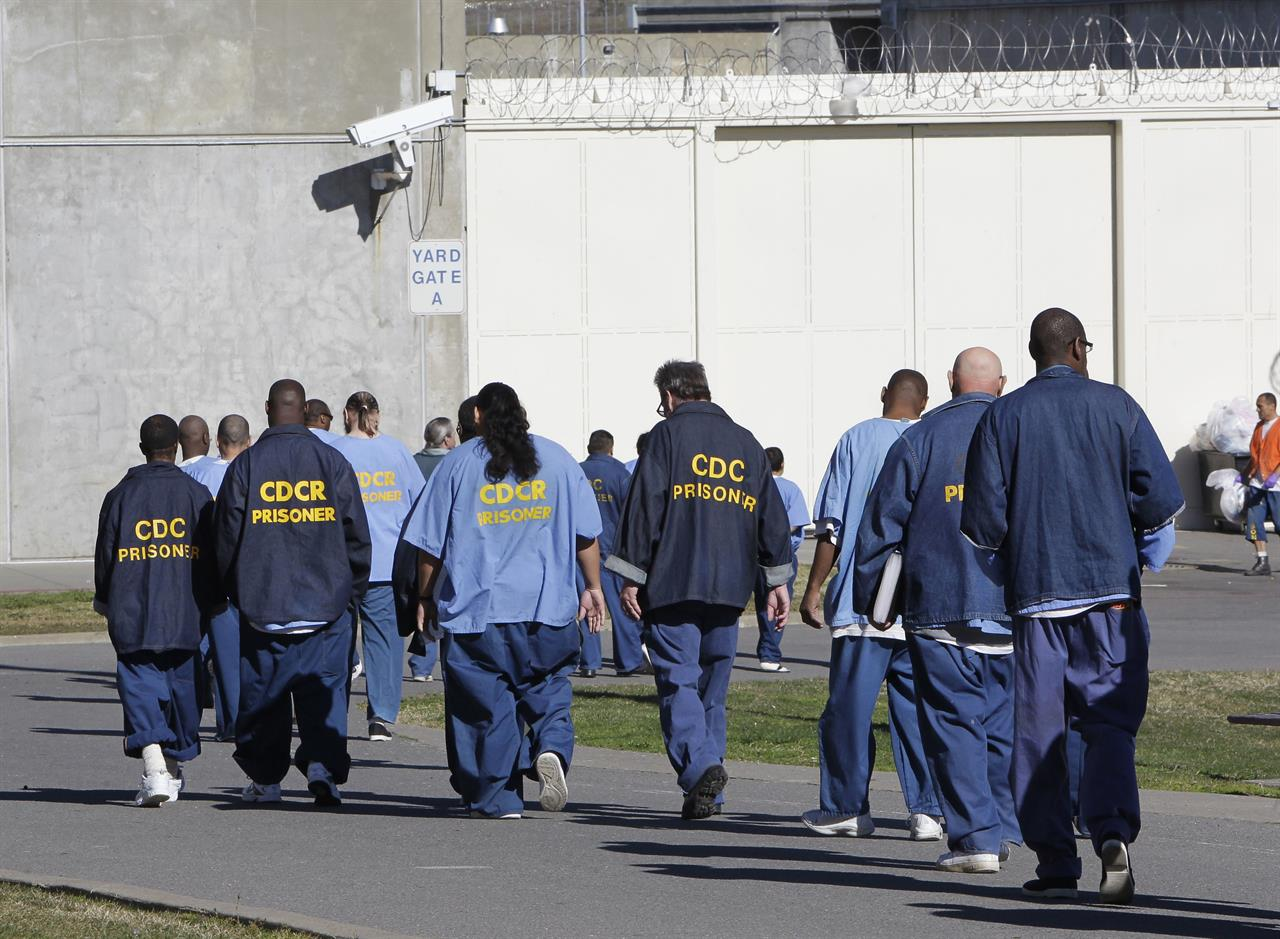 Report: Racial divide shrinks in US criminal justice system
