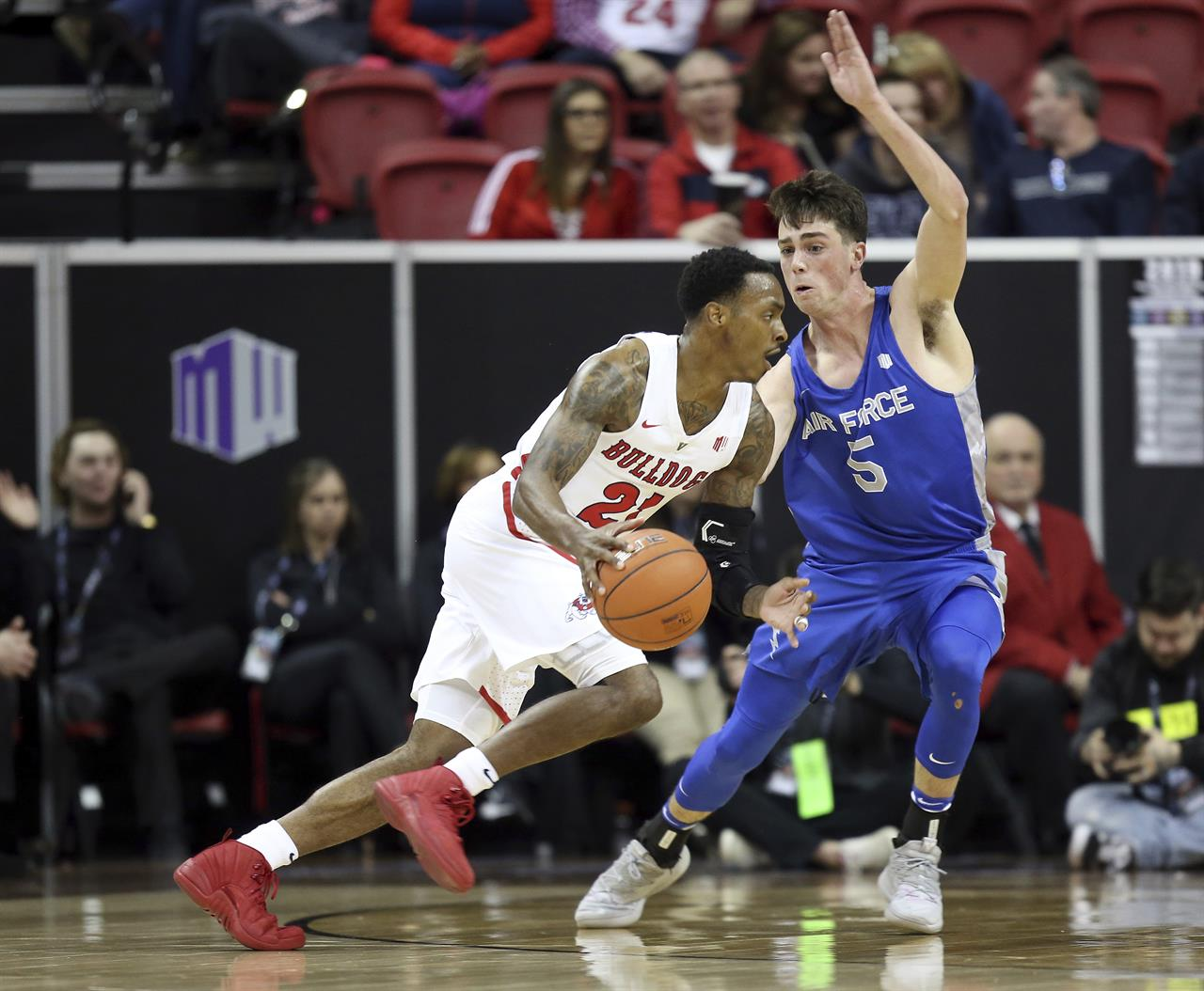 Taylor carries Fresno St. past Air Force 76-50 in MW ...
