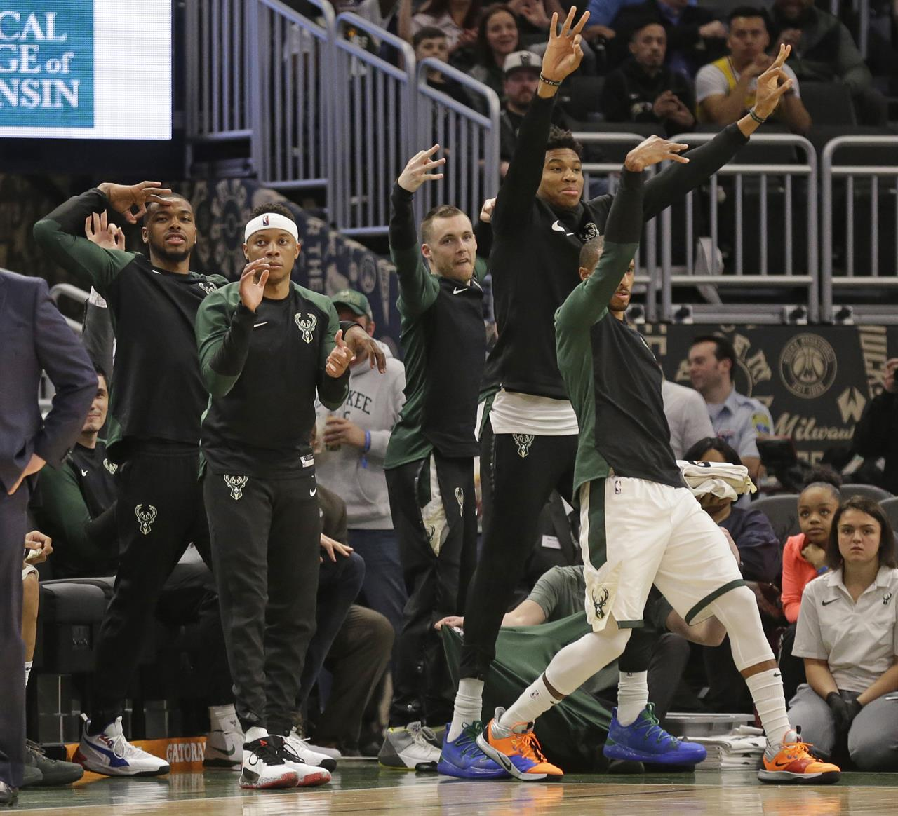 96238e6d28d Lopez s 3-pointers have become a key for NBA-best Bucks