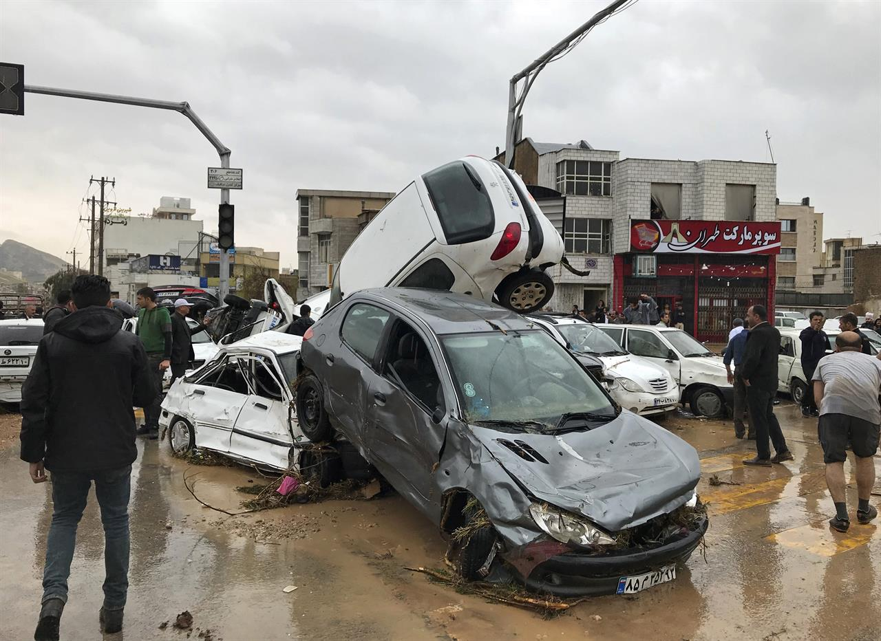 Flash floods in southern Iran kill at least 17, injure 74 | The