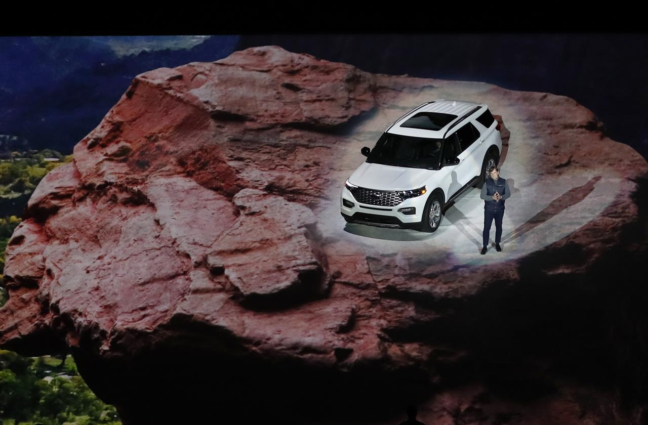 Ford Revamps Explorer Suv For 1st Time Since 2011 Model Year Kdow