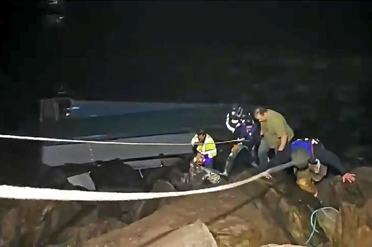 Crab fishermen survive harrowing capsize off Oregon coast