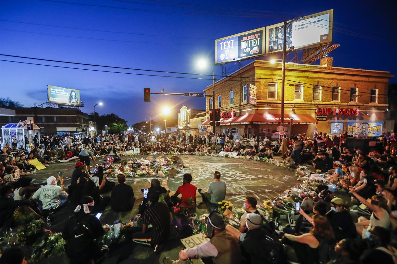 Minneapolis police face civil rights probe over Floyd death