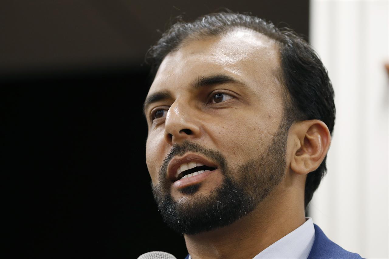 Man gets 10-month sentence for threatening Muslim politician