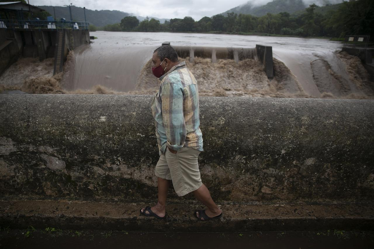 Storm season adds to pandemic worries for Mexico, C. America