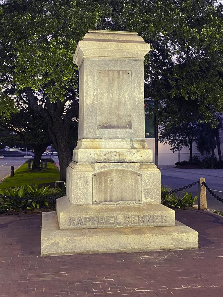 Alabama city removes Confederate statue without notice