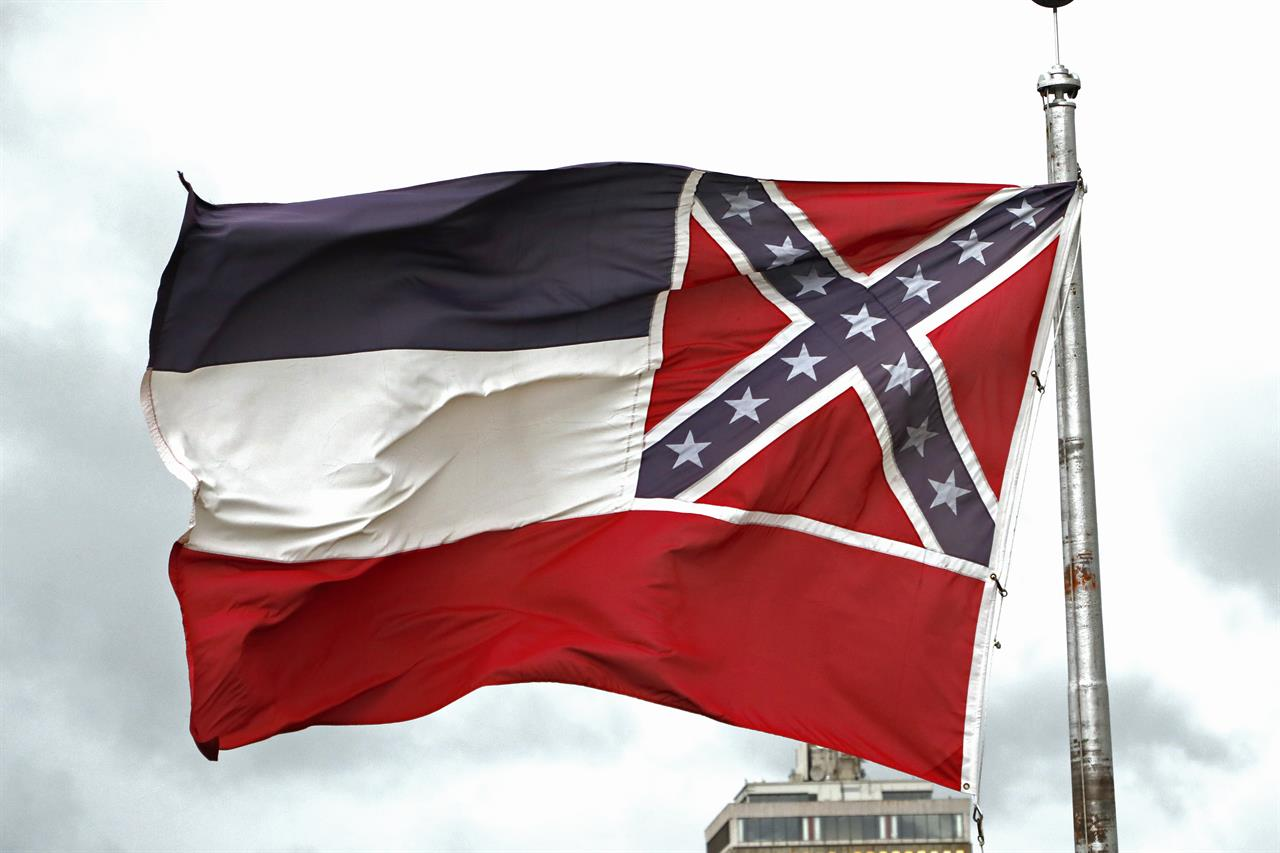 With a pen stroke, Mississippi drops Confederate-themed flag