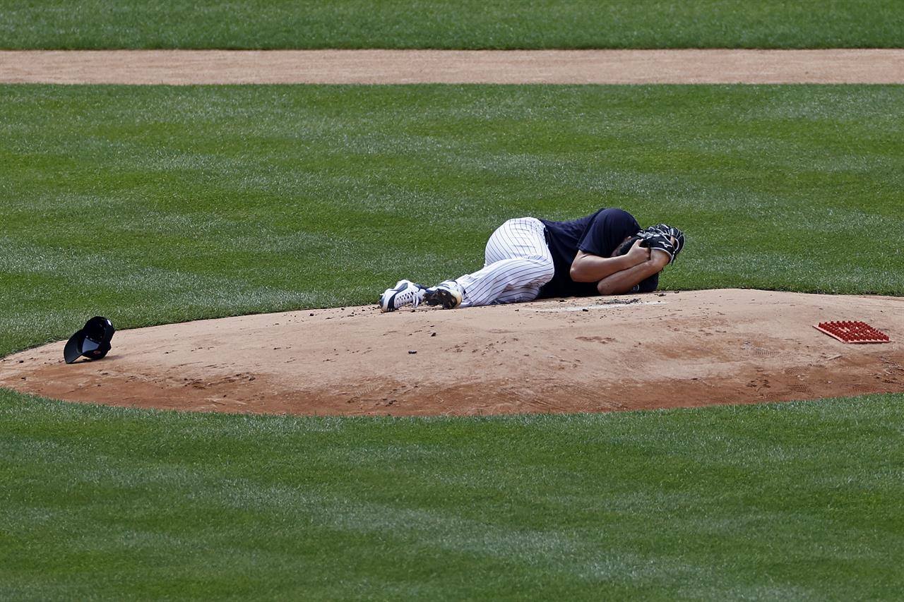 Tough day for MLB: Price out, Freeman positive, Tanaka hurt