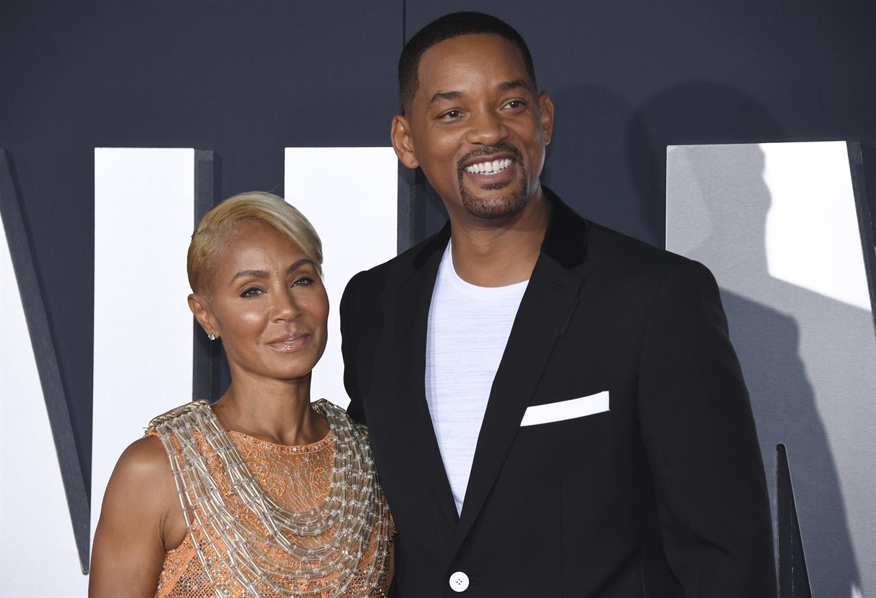 Jada and Will Smith reveal marriage trouble on Facebook show