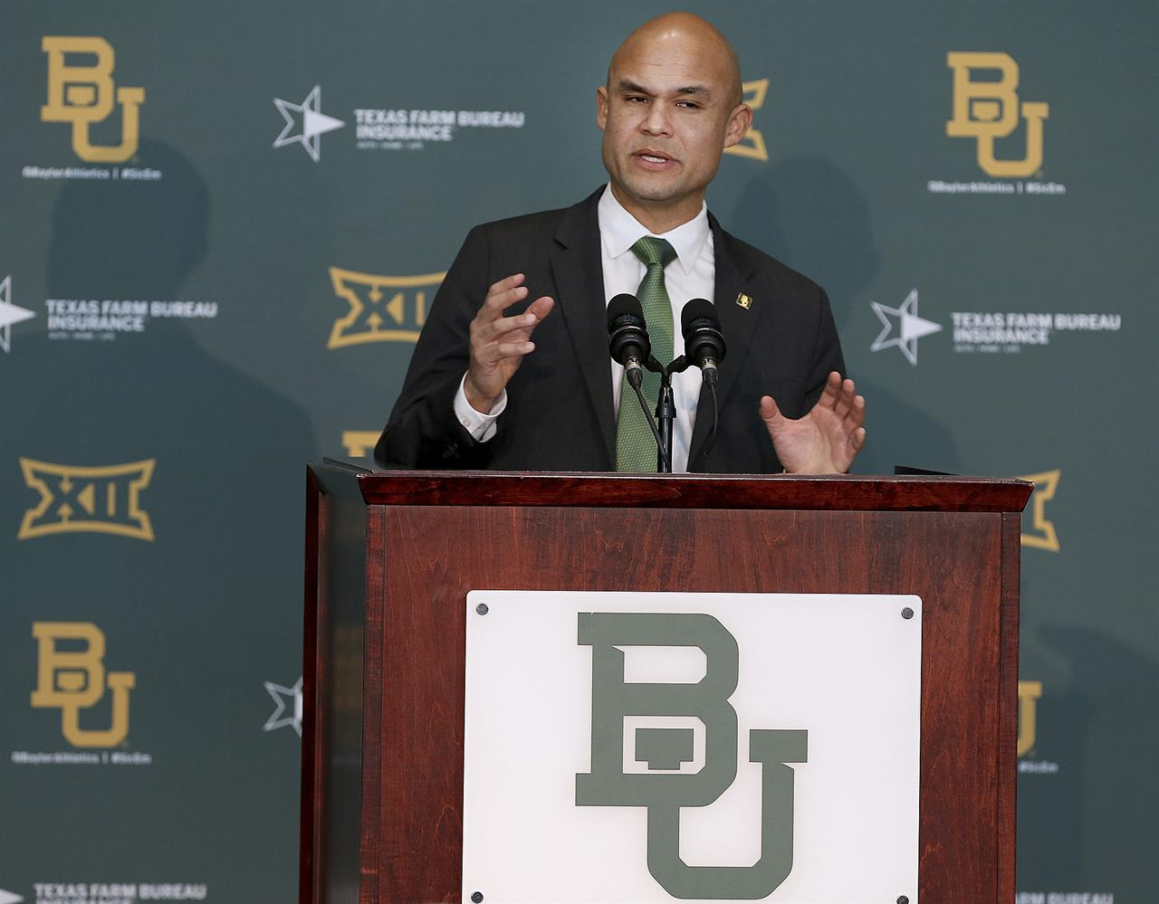New Baylor coach Aranda sensed something special with Bears