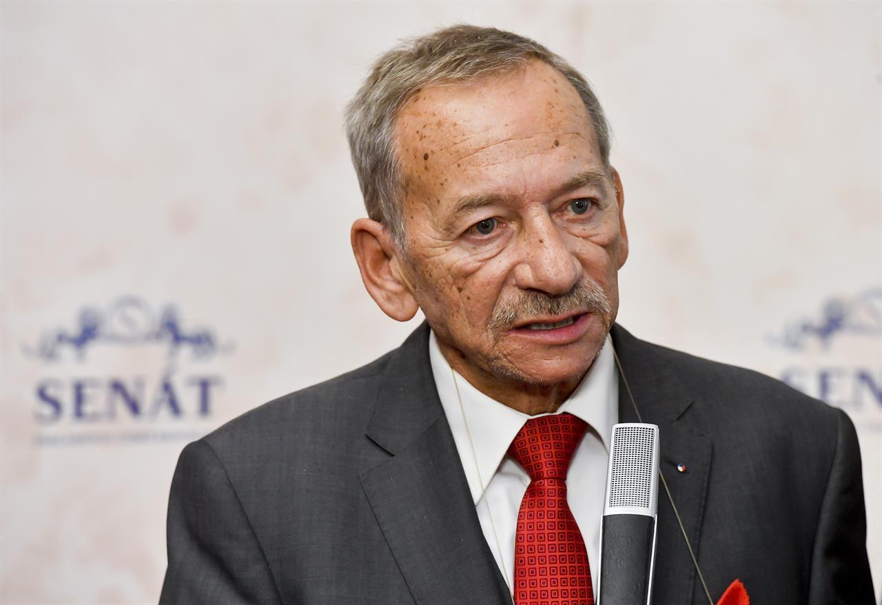 Jaroslav Kubera, speaker of Czech Senate, dies at 72