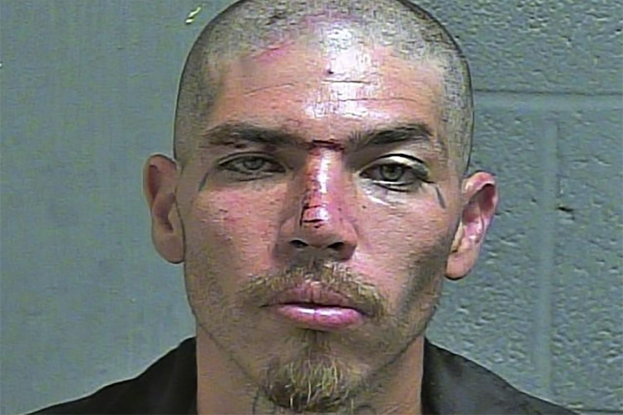 Oklahoma murder suspect escapes 12th floor cell using sheets