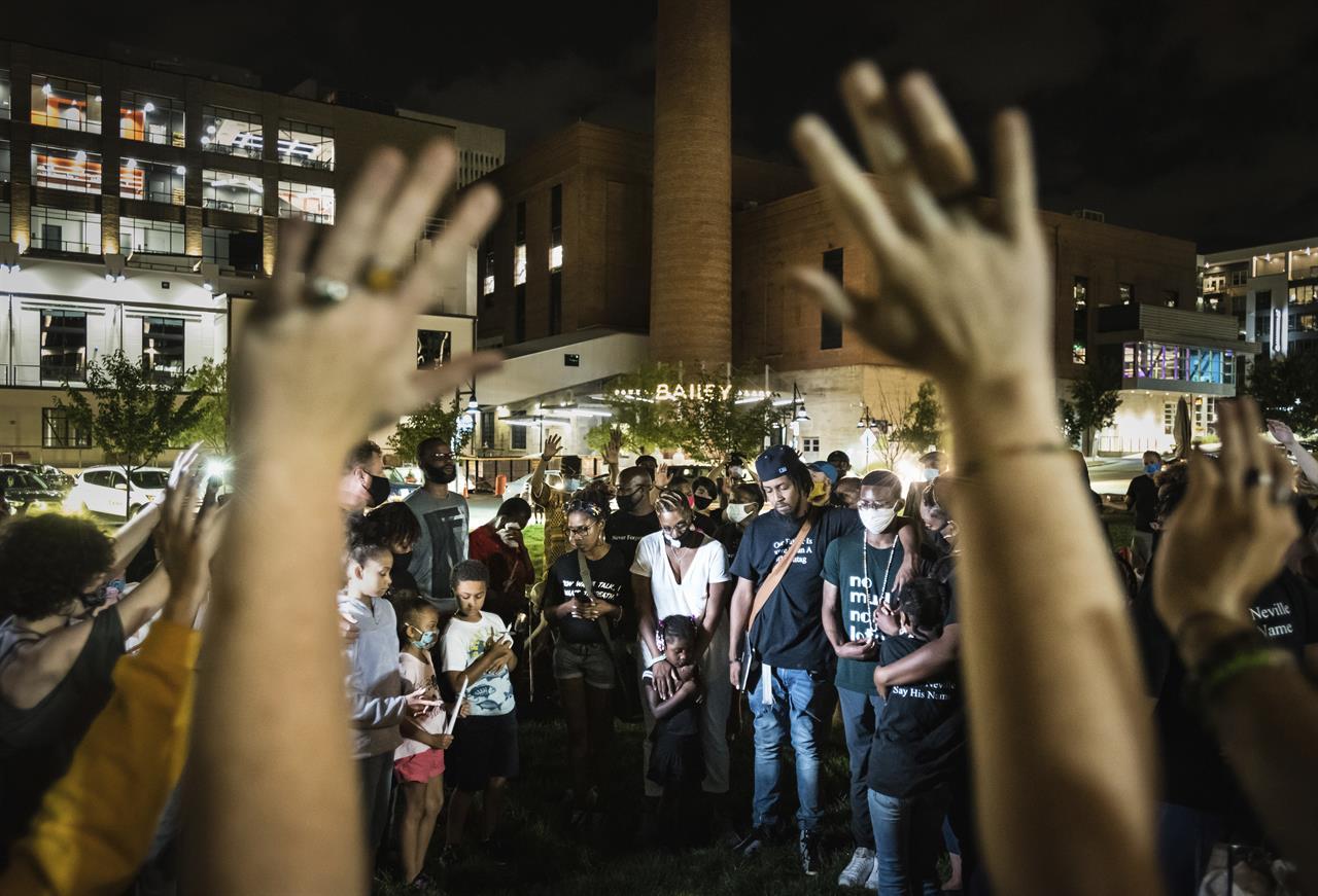 Calls for justice in Black suspect's death in North Carolina