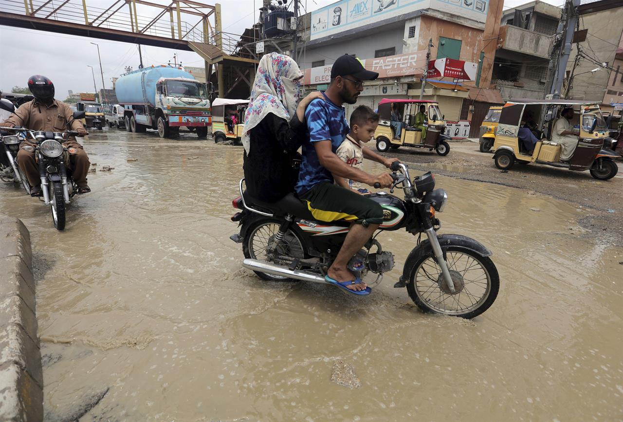 3 days of heavy monsoon rains kill 58 people across Pakistan