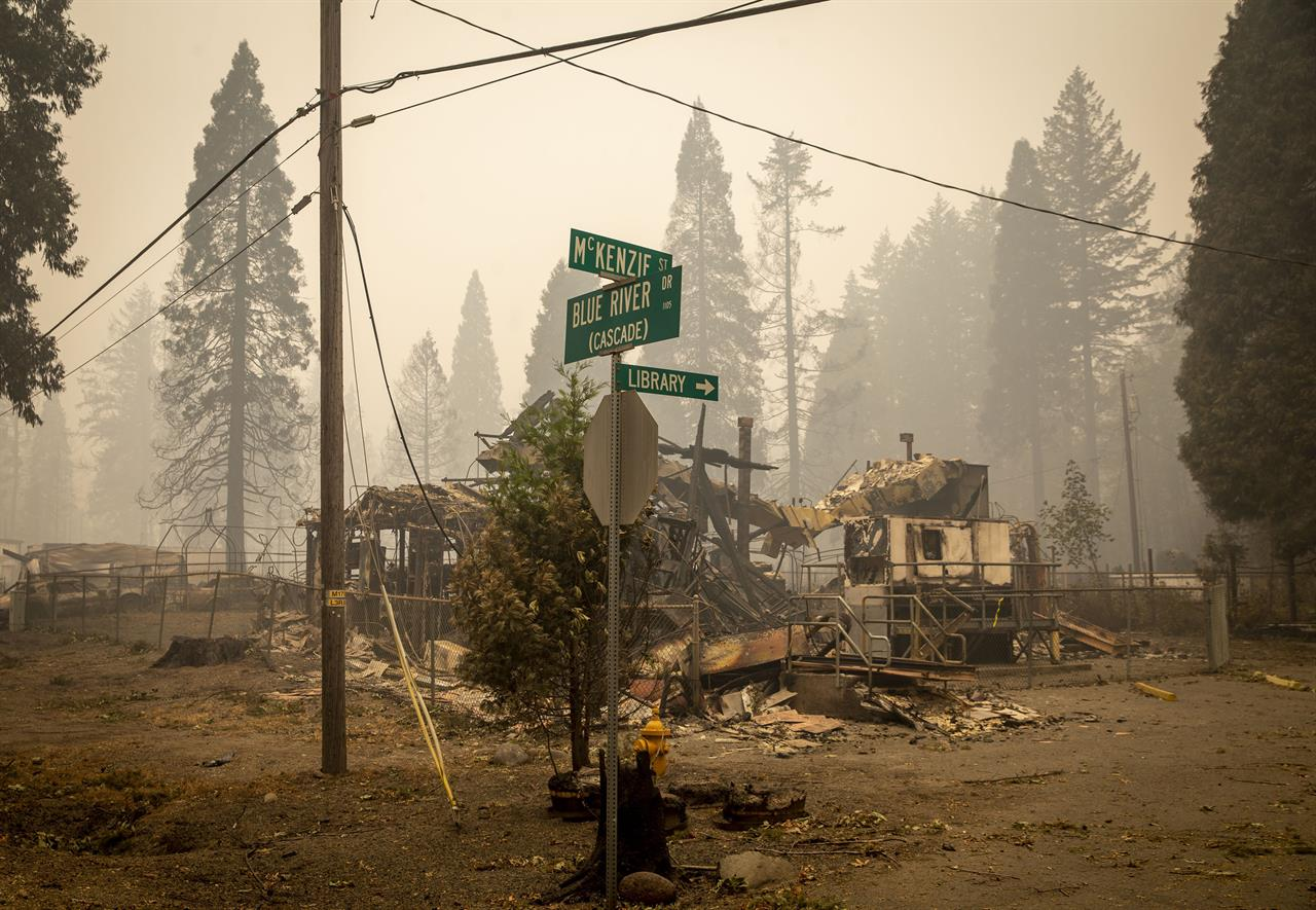 Clarification: Western Wildfires-Special Places story