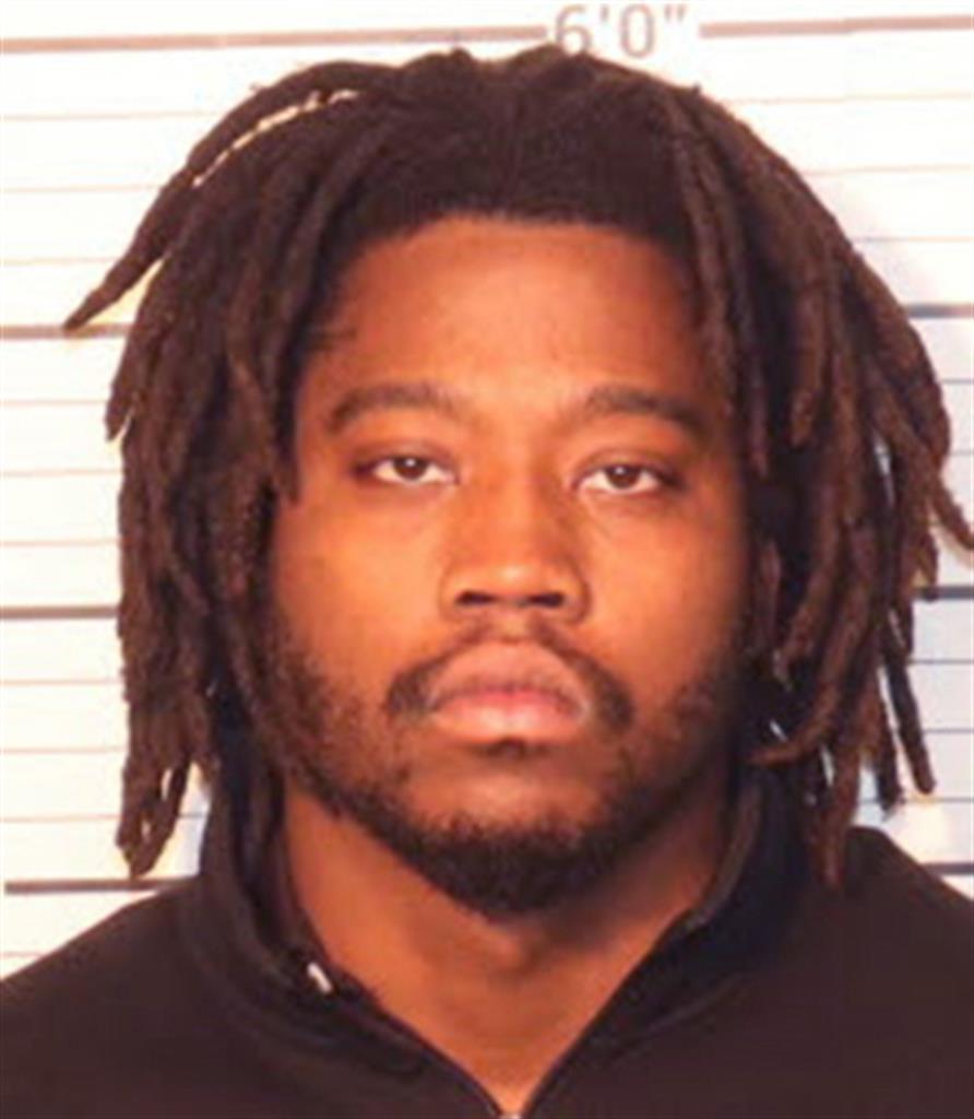 Charge: Man strangled girlfriend, 2 girls, burned bodies
