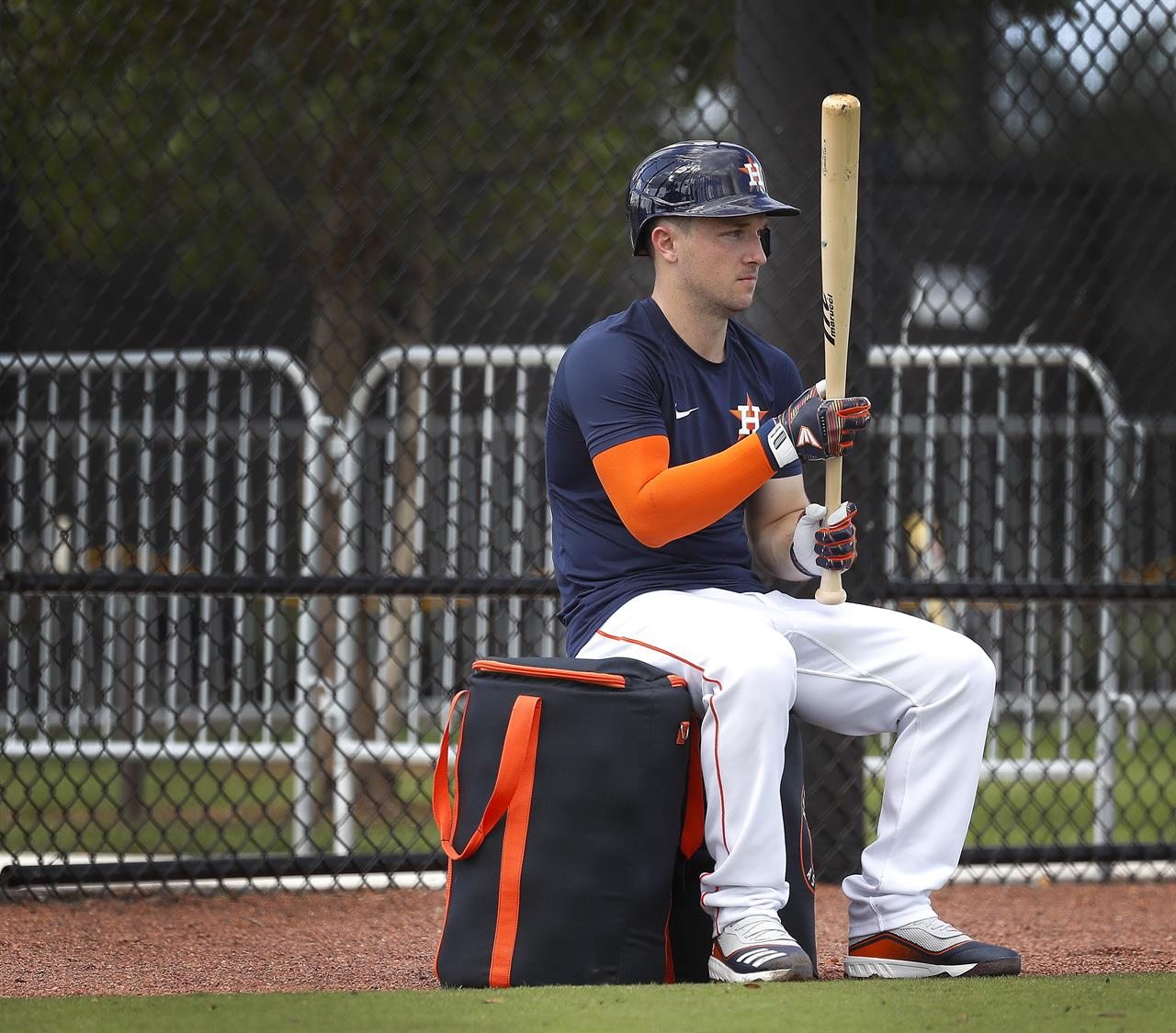 Bregman becomes 7th Astros player hit  by pitch in 5 games
