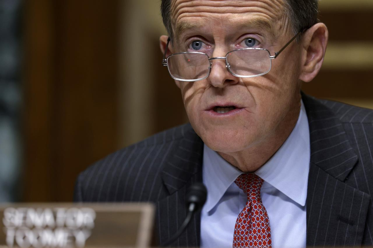 Sen. Pat Toomey, R-Pa., speaks during a Congressional Oversight Commission hearing on Capitol Hill in Washington, Thursday Dec. 10, 2020 (Alex Wong/Pool via AP)